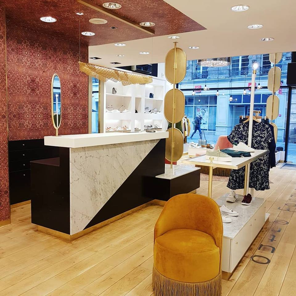 5af0d1d7d854e La boutique de plus de 100 m2 concrétise la vision des gérants de réunir en  un seul et même lieu