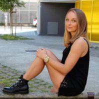 Mélanie de la tribu outremesure, influenceuse et blogueuse mode
