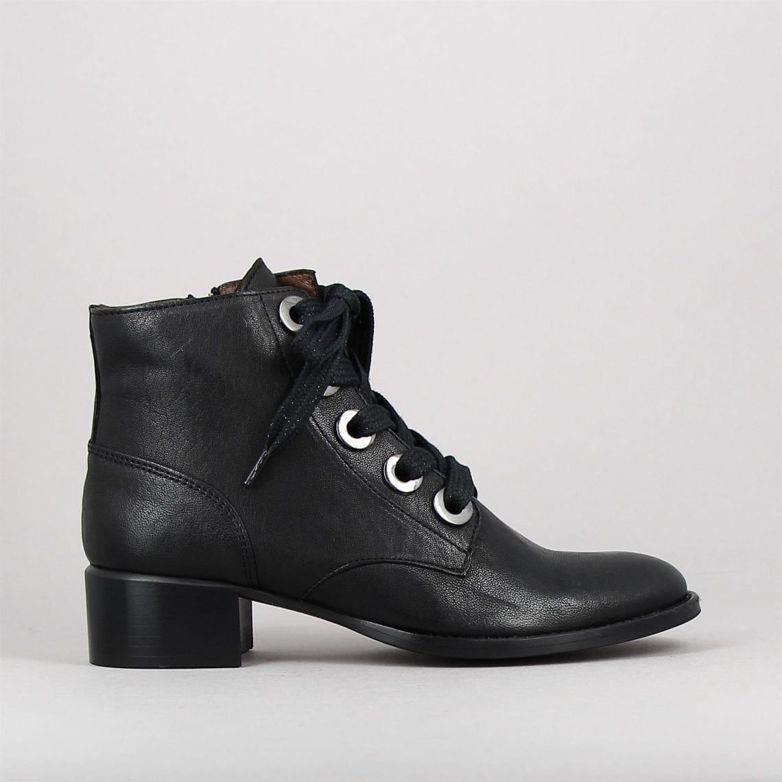 ando-noir-158433282-0.jpg
