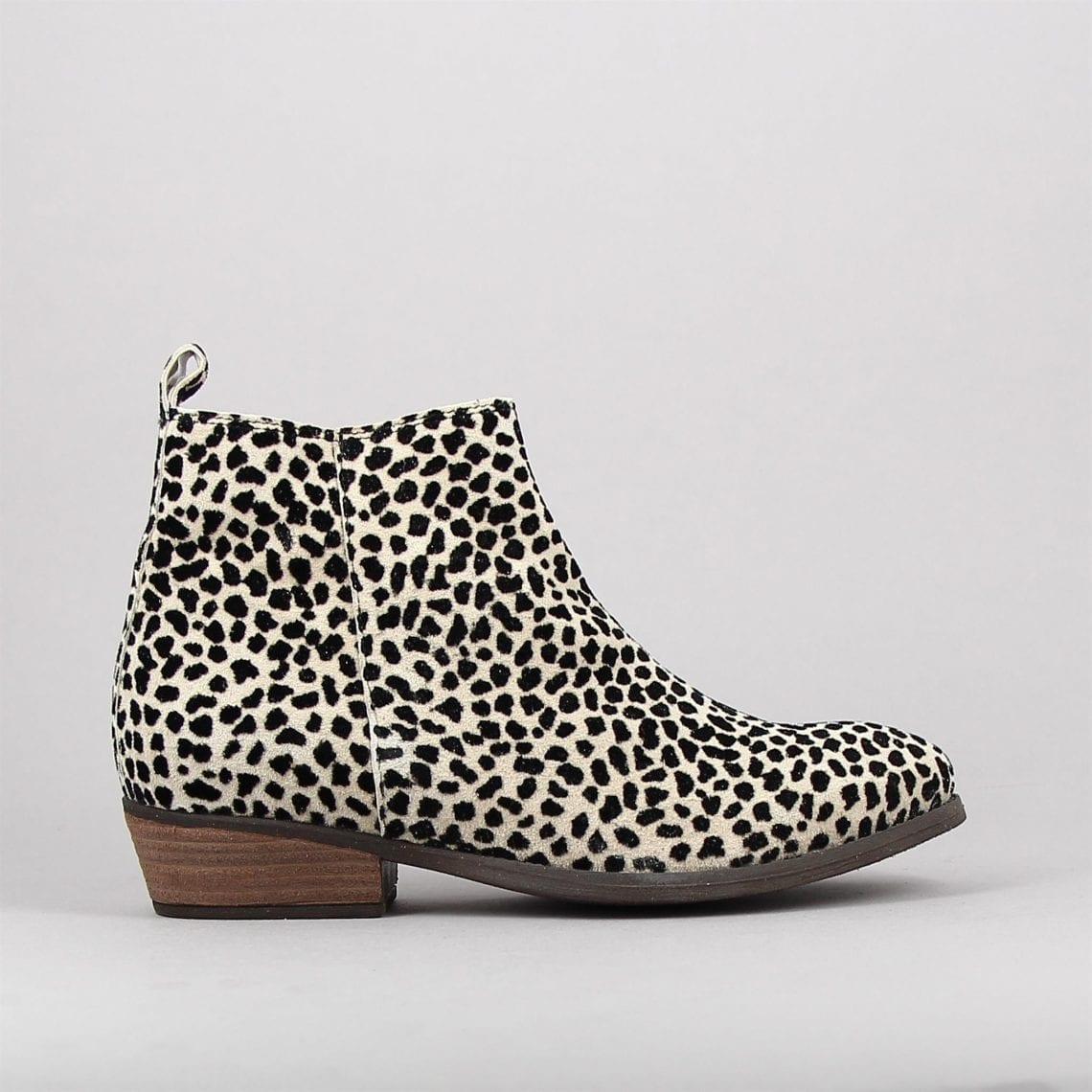 lodge-leopard-161480706-0.jpg