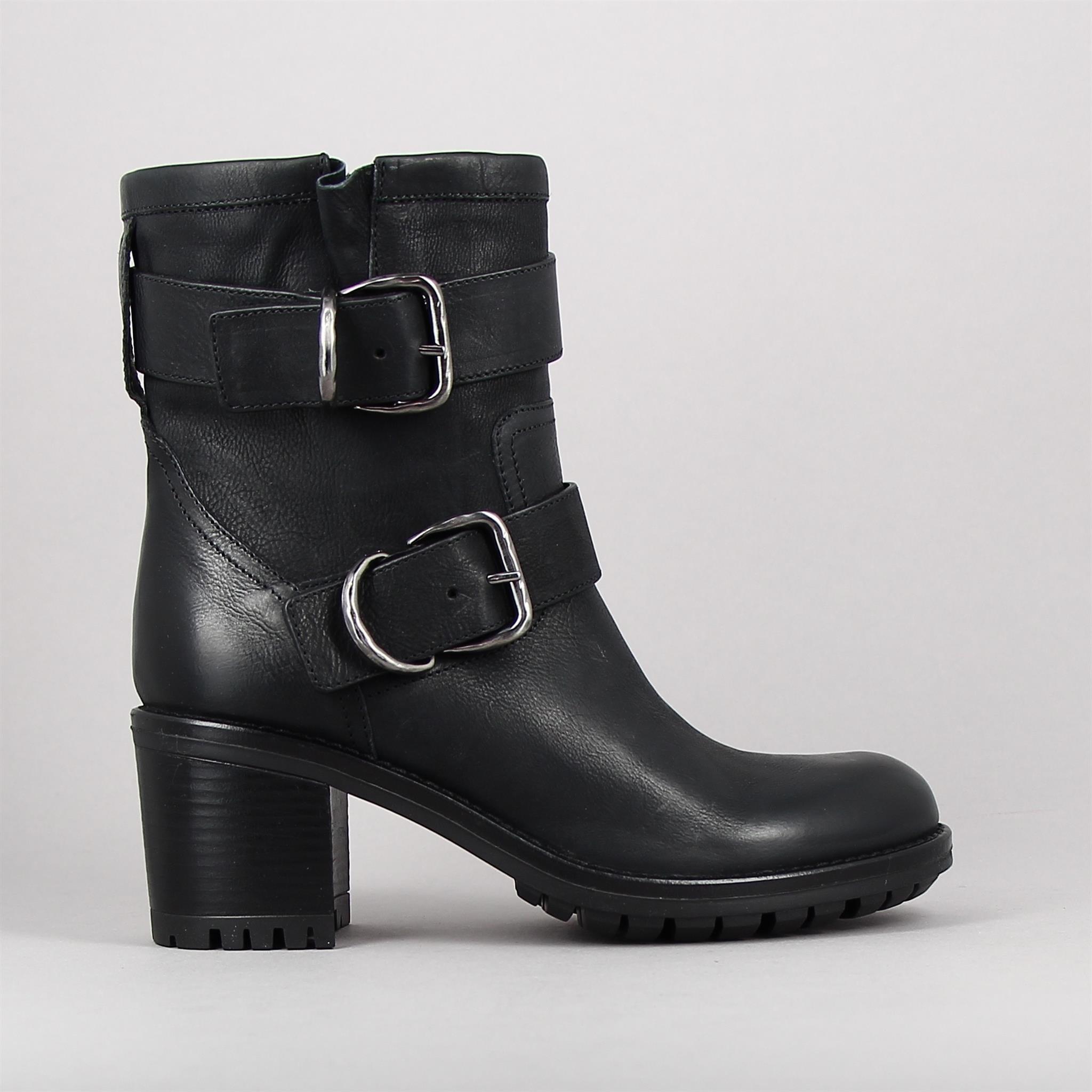 d3519-noir-155418626-0.jpg
