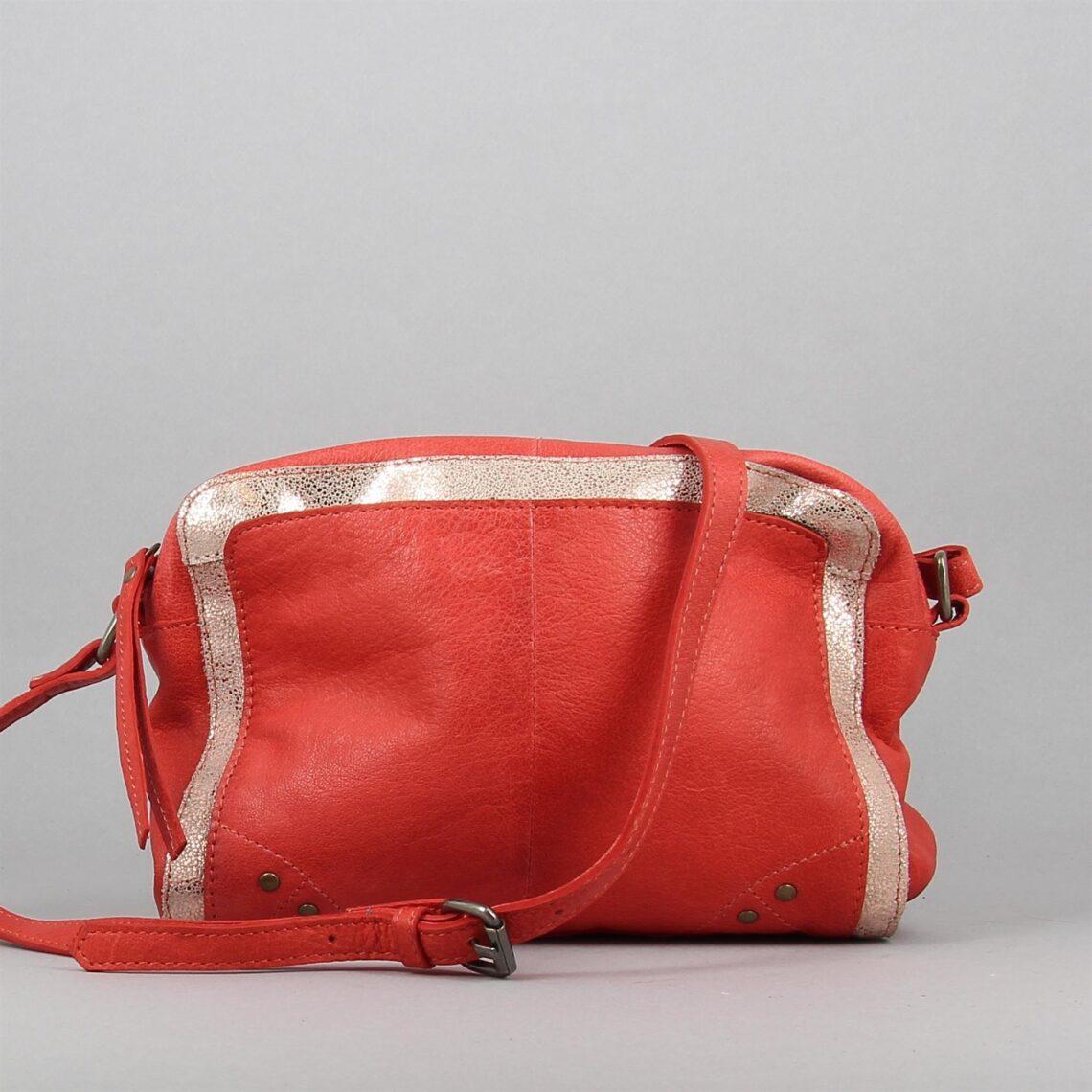 mandarin-rouge-1376260-0.jpg