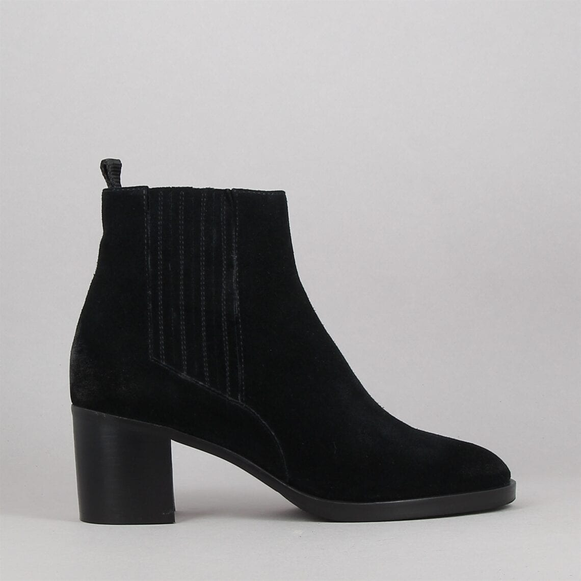 2503x-noir-183533570-0.jpg