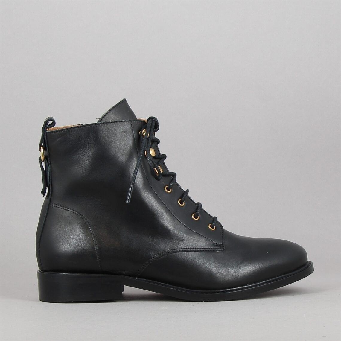 estelle-noir-182452226-0.jpg