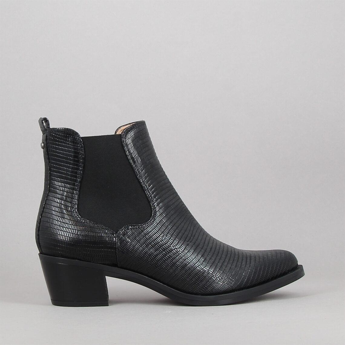 greyson-noir-182992898-0.jpg