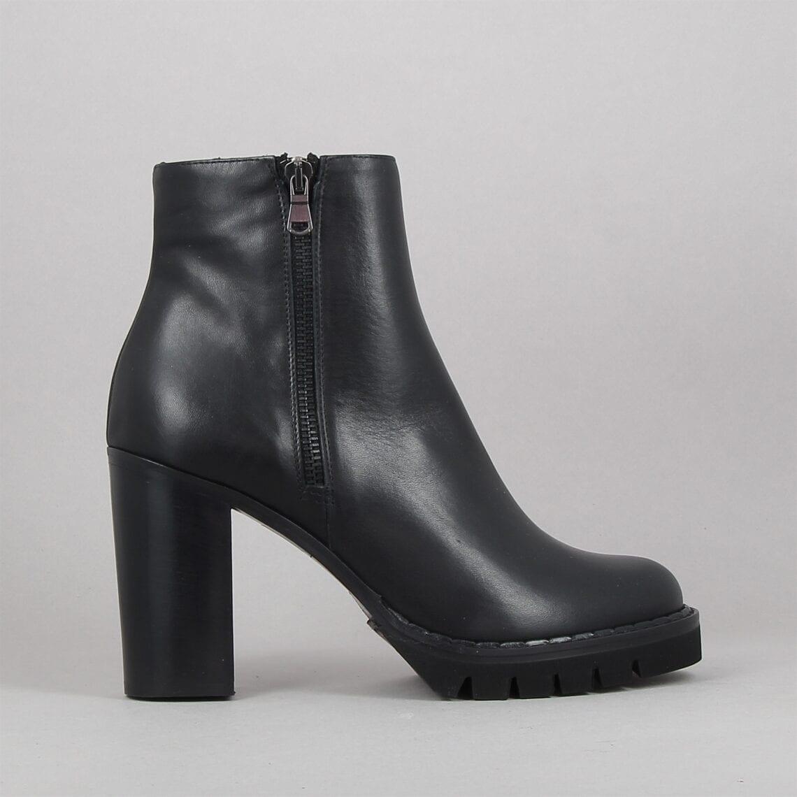 i61-noir-188432386-0.jpg
