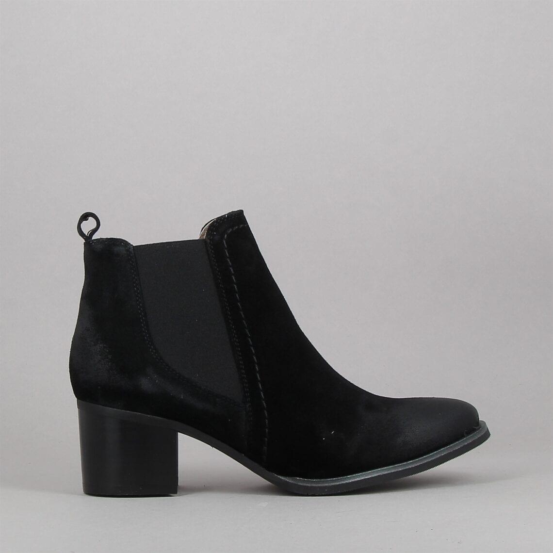 miami-noir-184156162-0.jpg