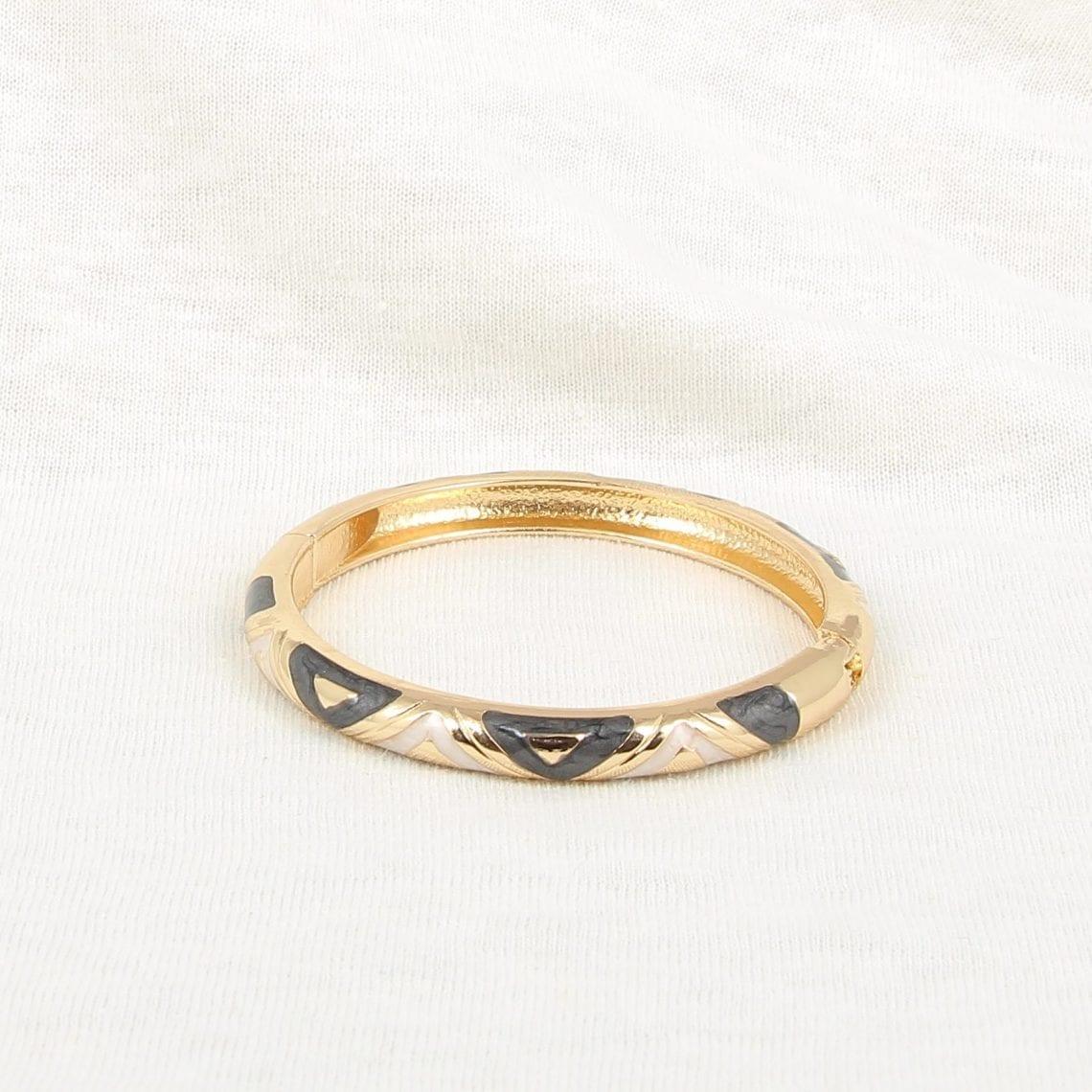 bracelet 17