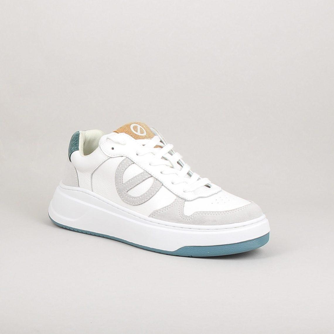bridget sneakerh2122